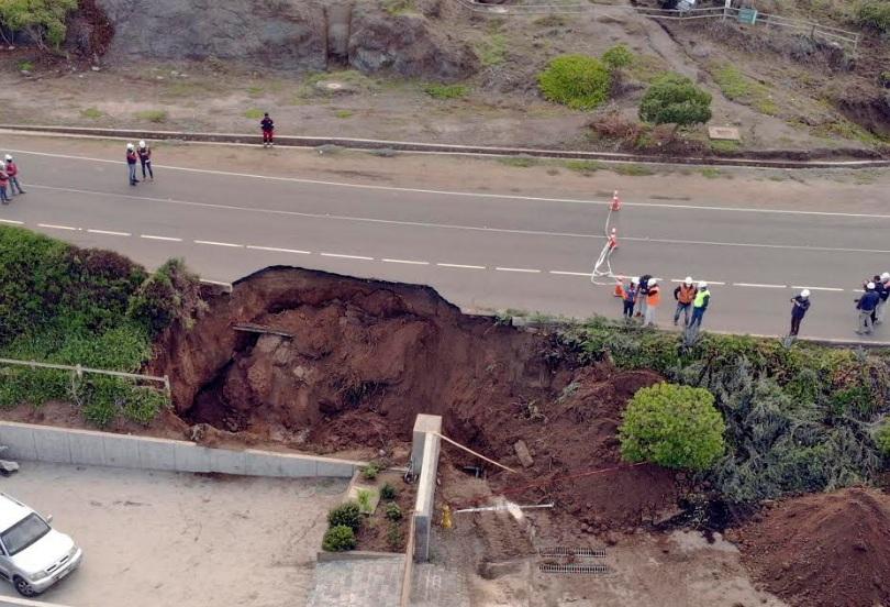 Ruta que une Zapallar con Papudo, permanecerá cerrada mientras se realizan trabajos de evaluación y reparación de la calzada