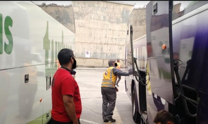 """Ministerio de Transportes detalla funcionamiento del nuevo permiso para """"Viajes Interregionales"""" en bus y avión"""